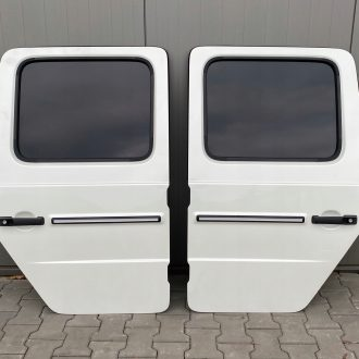 2020 Mercedes Benz G63 AMG W463 G Wagon Rear Doors Set Of 2 4637308200003, 4637308100003