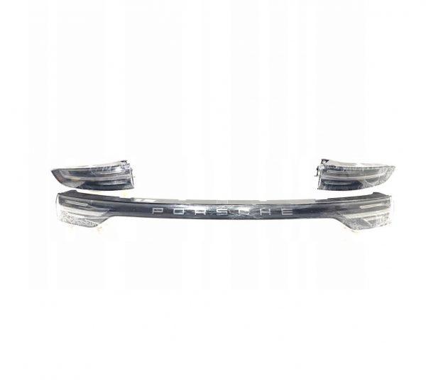 2020 Porsche Cayenne Tail Light Complete 9Y0945096B, 9Y0945081R, 9Y0945095K
